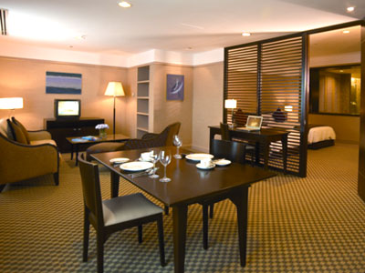 Pacific Regency One Bedroom Apartment